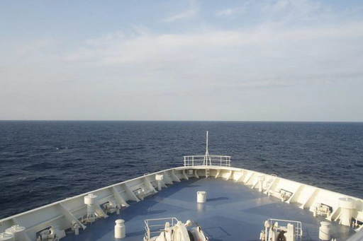 新日本海フェリー 前方.jpg