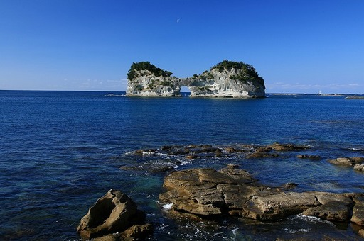 円月島 白浜.jpg