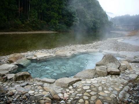 川湯温泉 和歌山.jpg