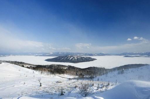 冬の屈斜路湖 .jpg
