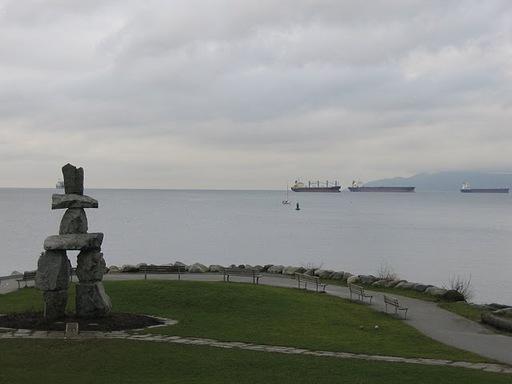 Ilanaaq Statue by the English Bay.jpg