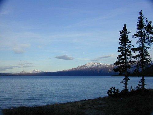 Kluane Lake.jpg