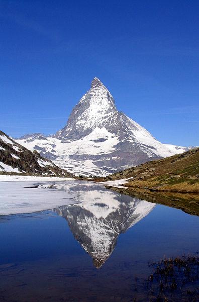 Matterhorn Riffelsee.jpg