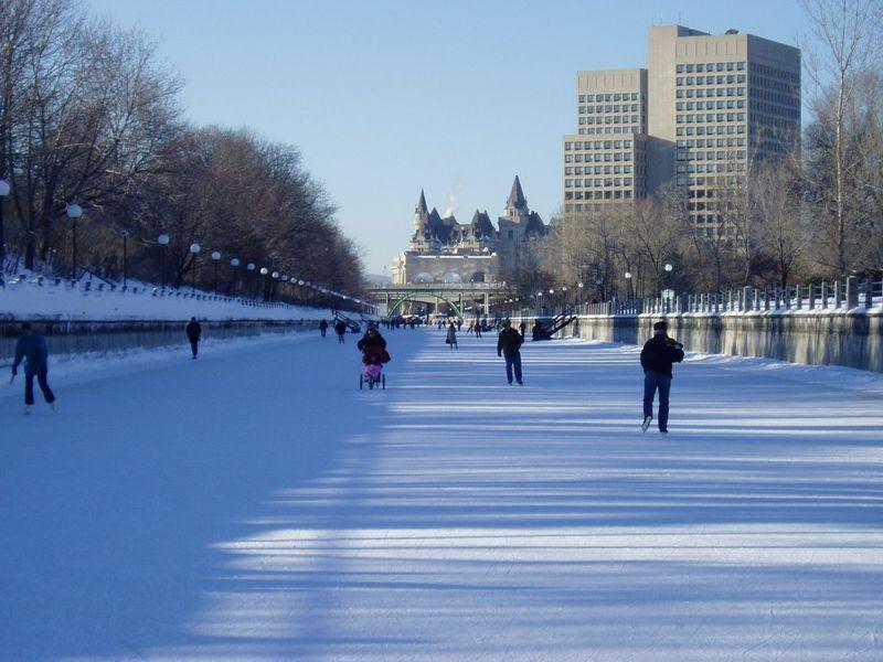 Rideau Canal in winter.jpg