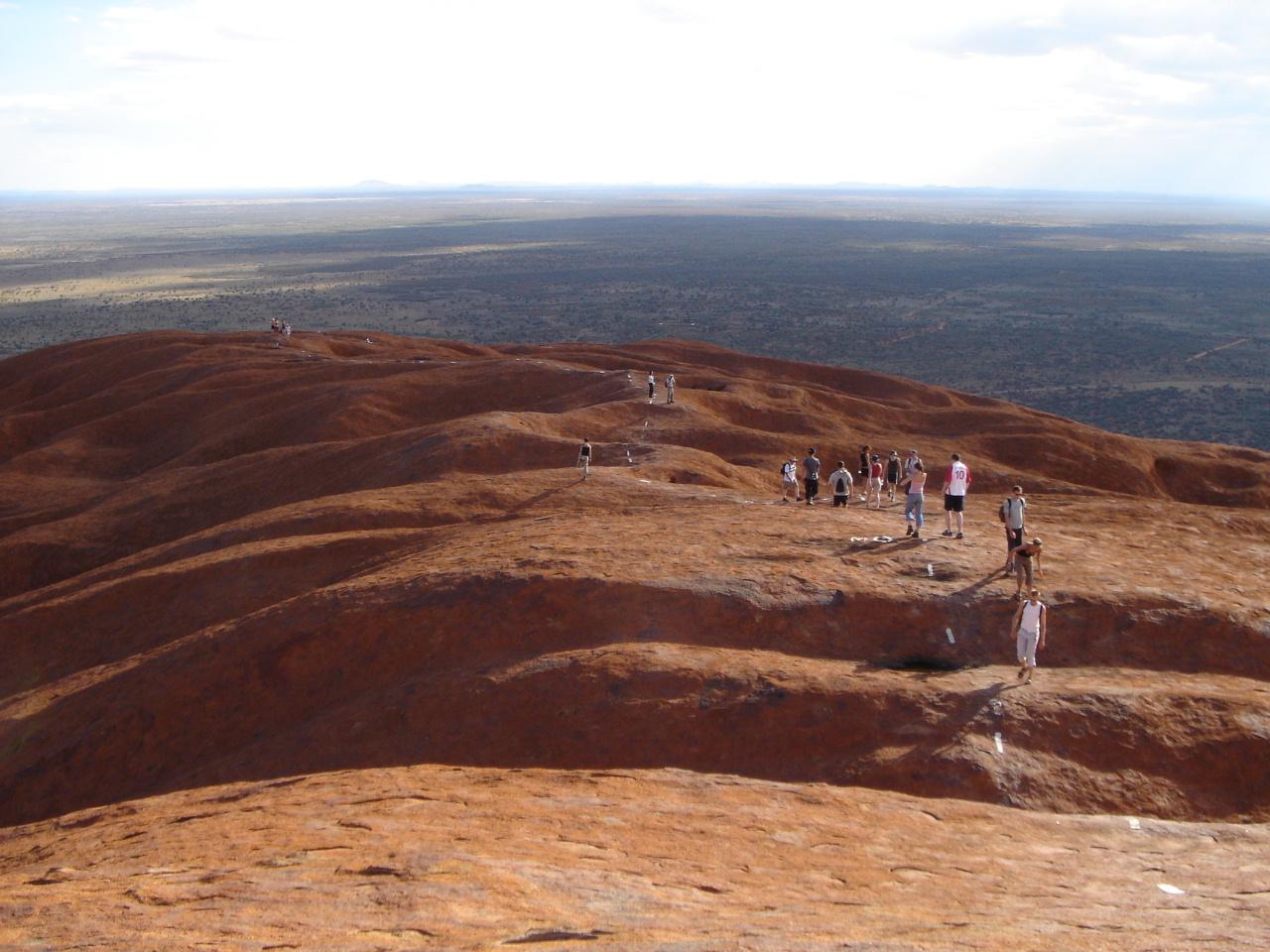 Uluru 頂上.jpg
