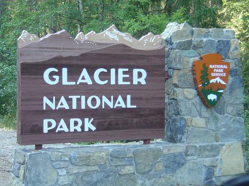 Waterton Glacier International Peace Park モニュメント.jpg